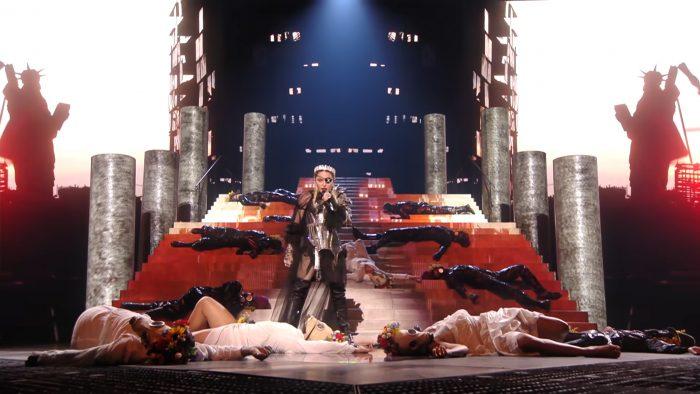 """Madonna """"tanzte"""" 2019 beim Eurovision uns den Great Reset vor!"""